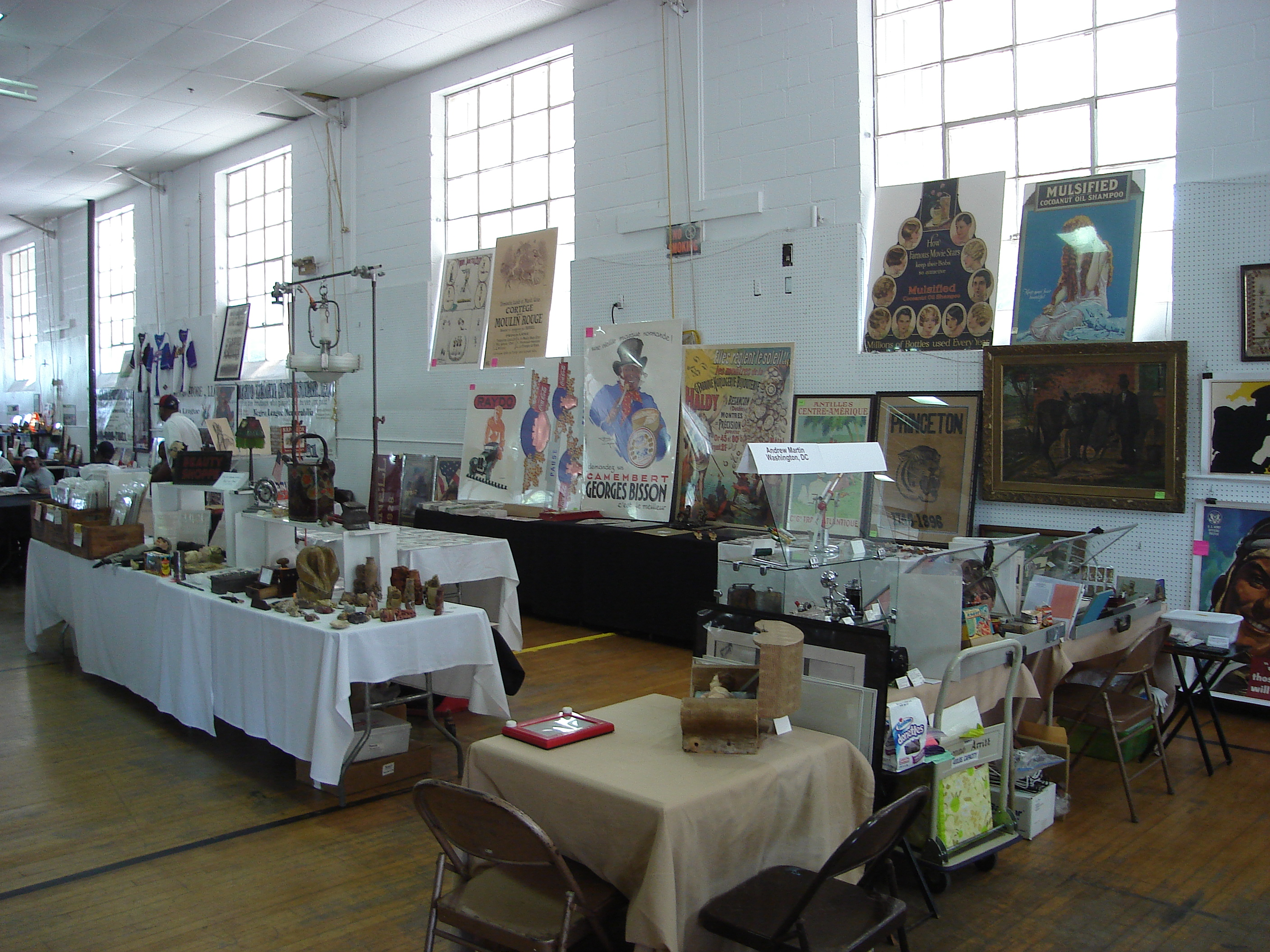 Gaithersburg Antique & Collectible Show
